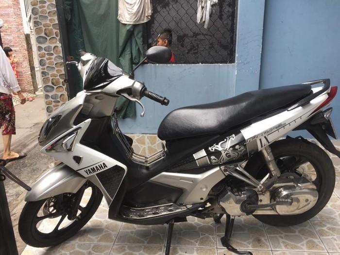 Xe NouvoLX 135 trắng đen .BSTP. chính hãng