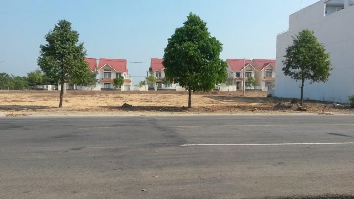 Bán đất đường Nguyễn Văn Khạ, TT Củ Chi, 120m2, sổ riêng thổ cư