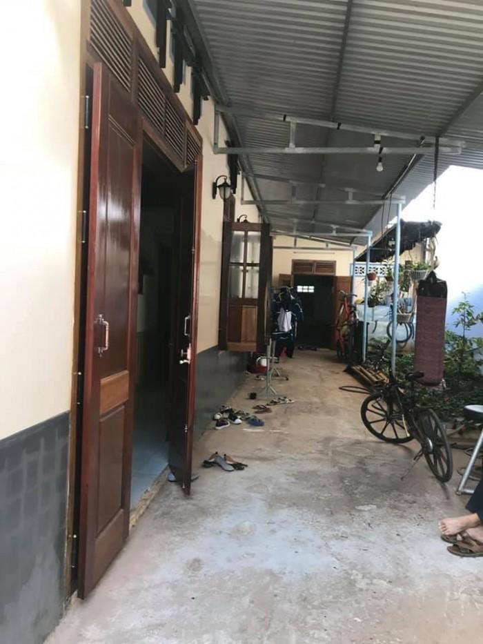 Bán nhà hẽm 2 mặt tiền Nguyễn Chí Thanh, 210m2, 2 tỷ 600 triệu
