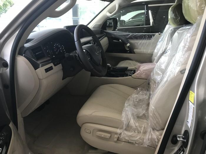 Bán Lexus LX570 màu vàng nhập mỹ,Model và đăng ký 2016,có hóa đơn VAT, full option,xe đẹp,biển Hà Nội cực VIP.