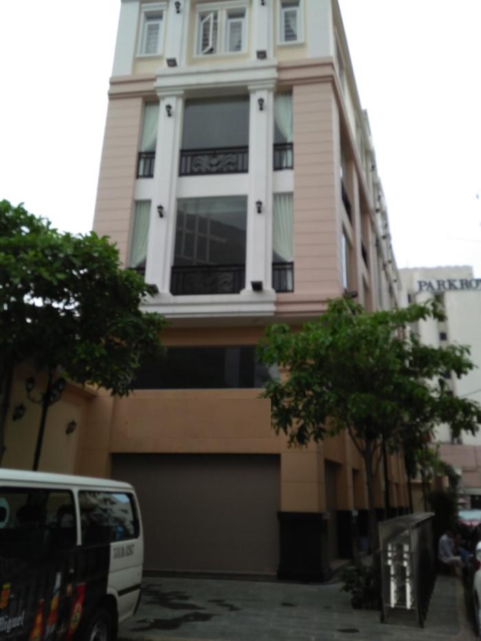 Bán gấp nhà 2 Mặt tiền đường Phó Đức Chính, P Nguyễn Thái Bình, quận 1.