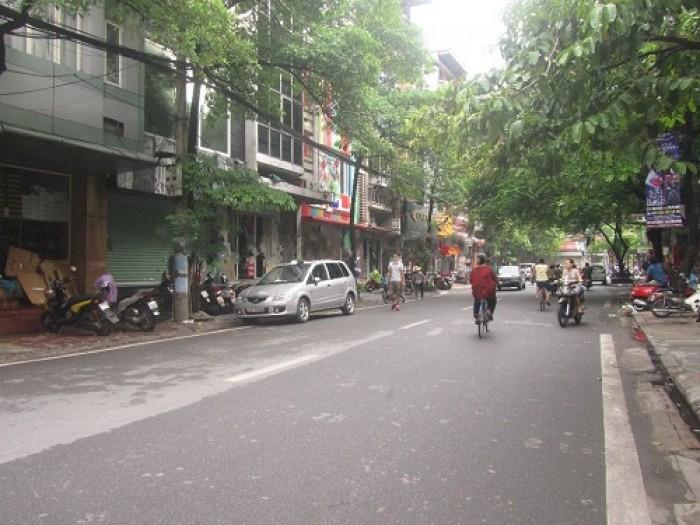 Phân lô, lô góc hai mặt tiền phố Nguyên Hồng ô tô kinh doanh sầm uất