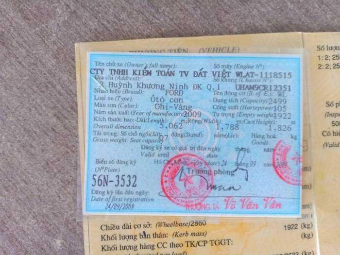 Everest 2009 số tự động, màu ghi vàng, bao đẹp, xe 1 đời chủ