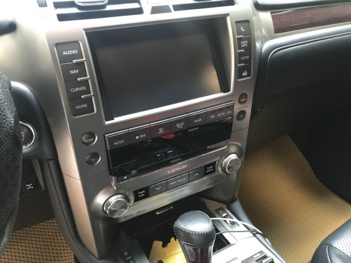 Lexus Gx460 Luxury full option nhập Mỹ Model 2014 đăng ký lần đầu 2015.  LH 0982.842838 5