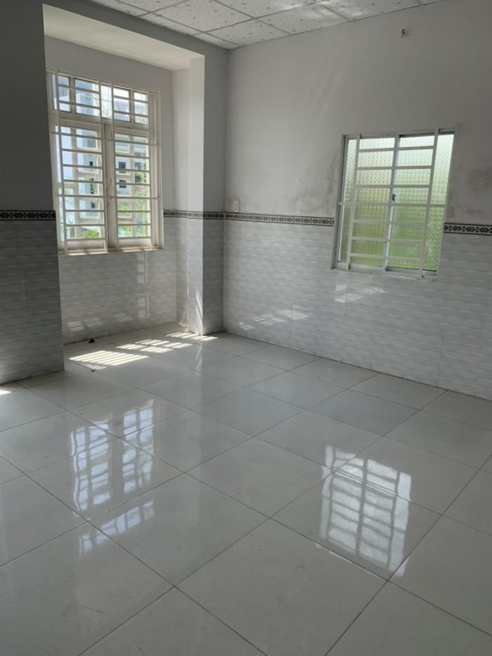 Bán nhà 1 trệt,1 lầu, Sổ hồng riêng, đường Tx52,Q12. Dt : 5m x 15,6m