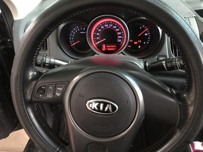 Bán Kia Forte SX 1.6MT màu đen VIP số sàn sản xuất 2011 biển Sài Gòn bản đủ