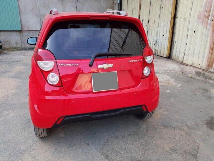 Bán Chevrolet Spark LTZ 2016 màu Đỏ xe đi đúng 18 000 km
