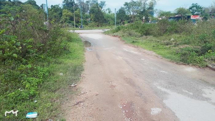 Đất 3 mặt tiền thoáng đãng kiệt ôtô Võ Văn Kiệt, cách đường chính 30m