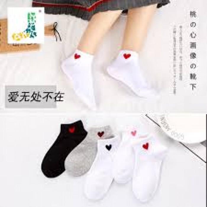 Combo 5 đôi tất nữ cổ ngắn hình tim phong cách Hàn Quốc2