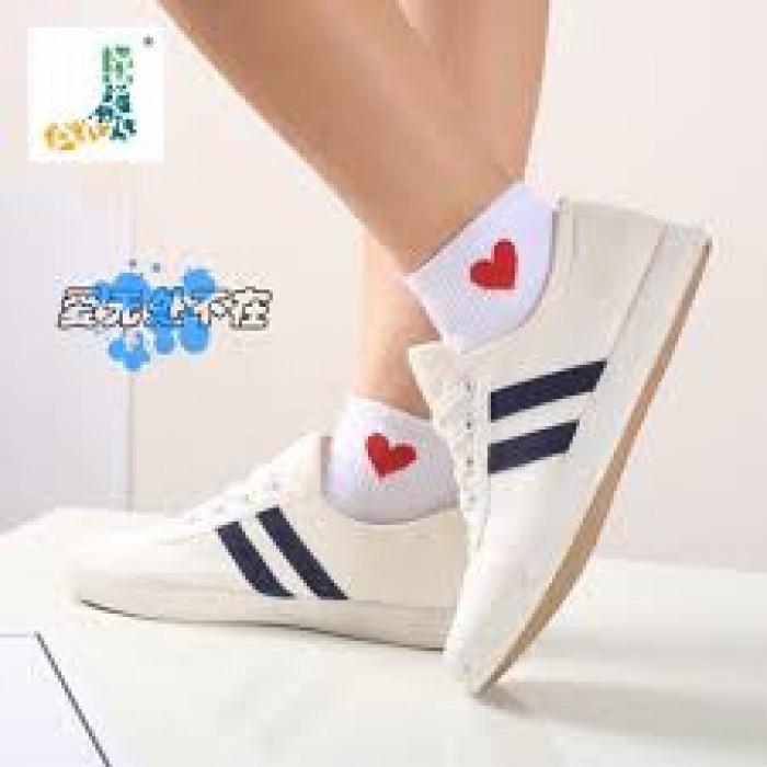 Combo 5 đôi tất nữ cổ ngắn hình tim phong cách Hàn Quốc1