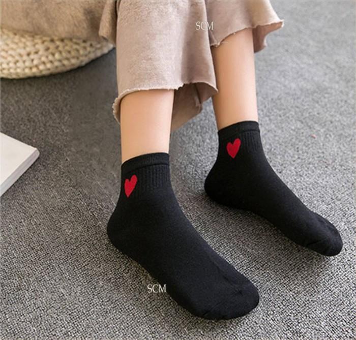 Combo 5 đôi tất nữ cổ ngắn hình tim phong cách Hàn Quốc0