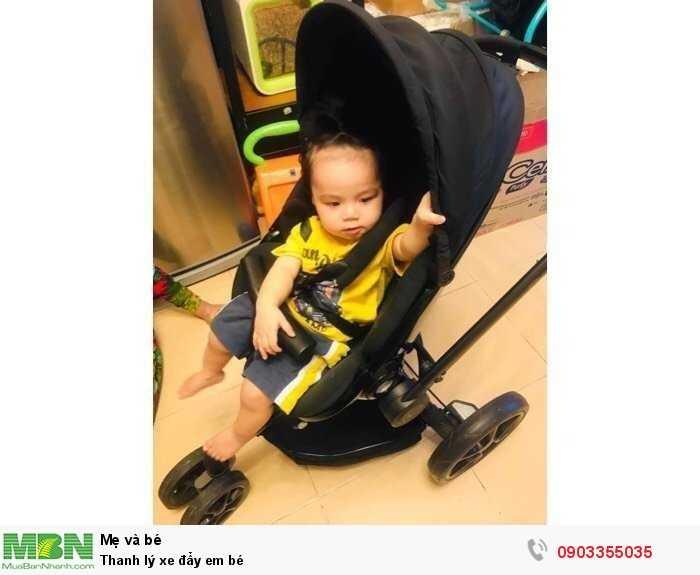 Thanh lý xe đẩy em bé0