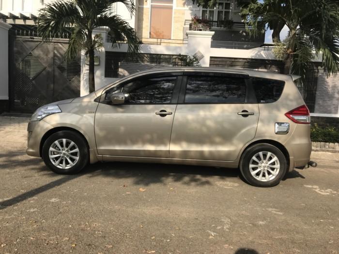 Cần bán xe Suzuki Ertiga 2016 màu vàng cát