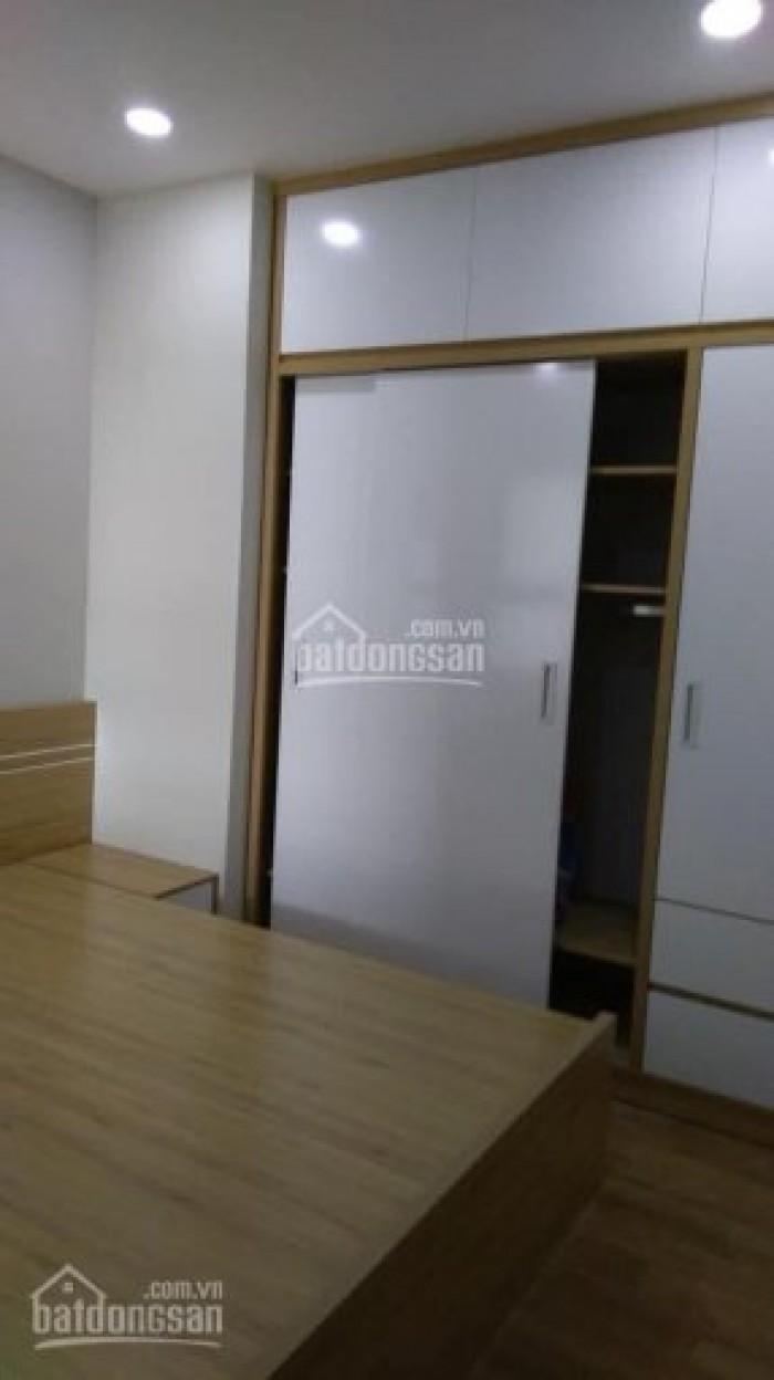 Cho thuê căn hộ chung cư , DT 70m2 gần full đồ