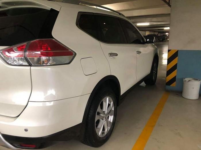 Bán xe Nissan X-Trail đời 2017 đk 2018 màu trắng biển tp