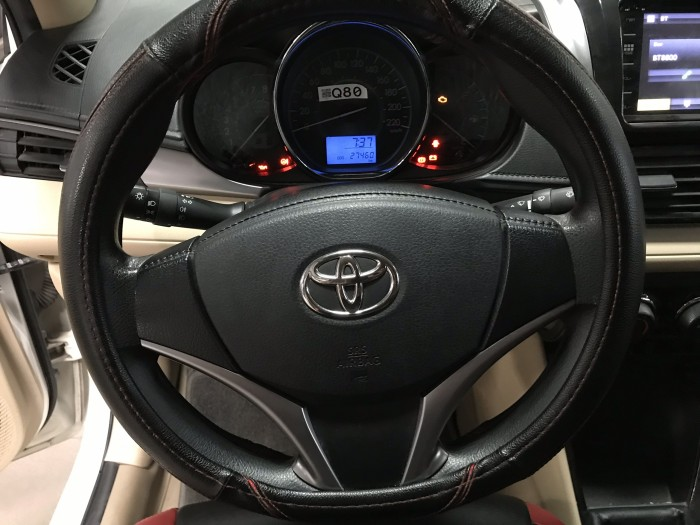 Bán Toyota VIOS E 1.5MT màu trắng số sàn sản xuất 2018 biển Sài Gòn