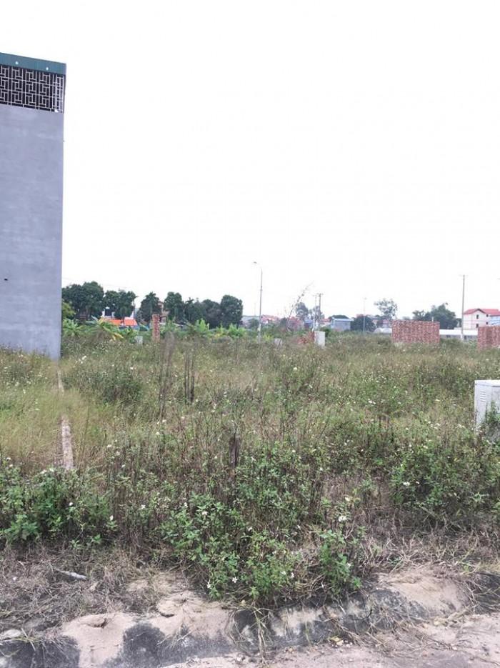 Bán nhanh mảnh đất dt 75m2, mt 3.7m, đường 5m gần phố Sủi