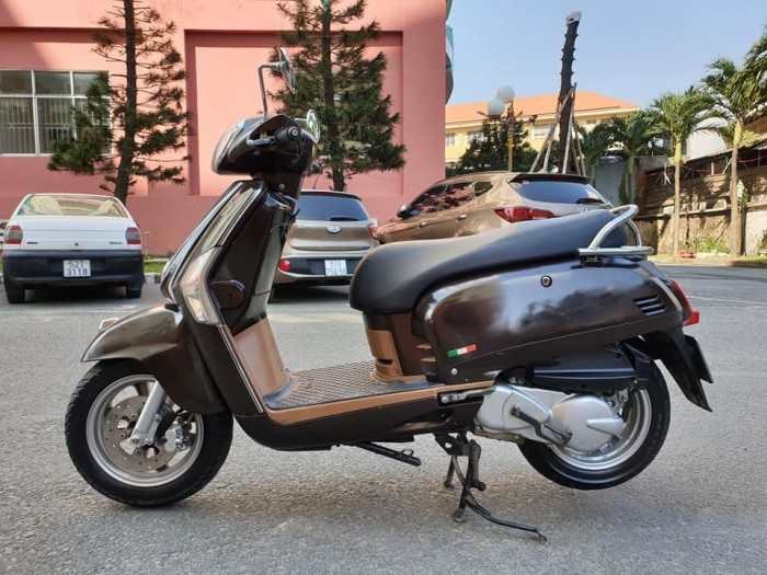 Bán Kymco Like 125 Phun xăng điện tử kiểu dáng Vespa Ý rất đẹp