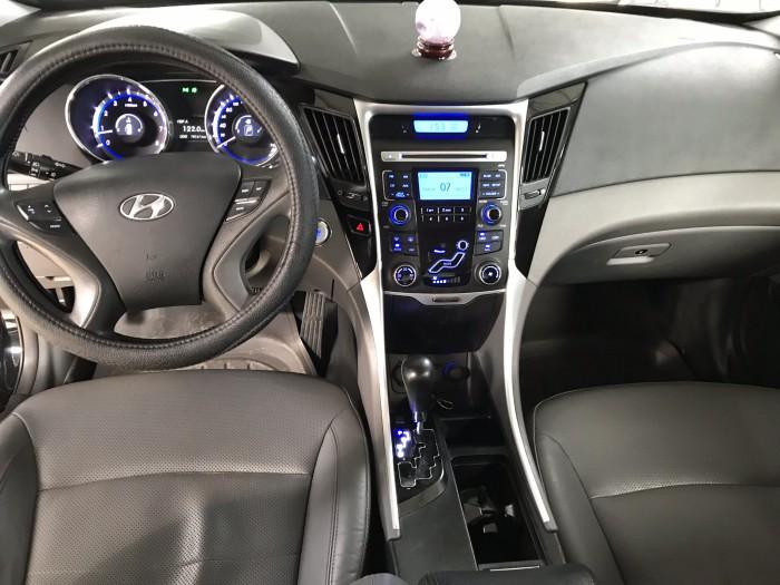 Bán Hyundai Sonata 2.0AT màu đen VIP số tự động nhập Hàn Quốc 2012 một đời chủ