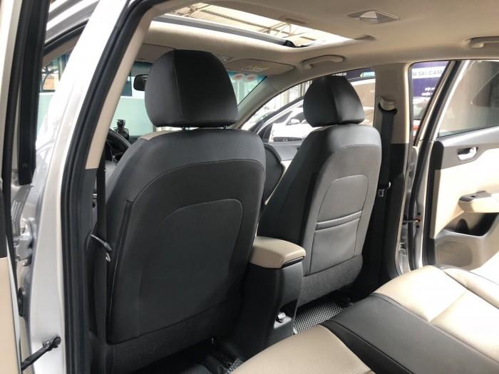 Cần bán Hyundai Accent 1.4 2018 , bản full , giá cả thương lượng 7