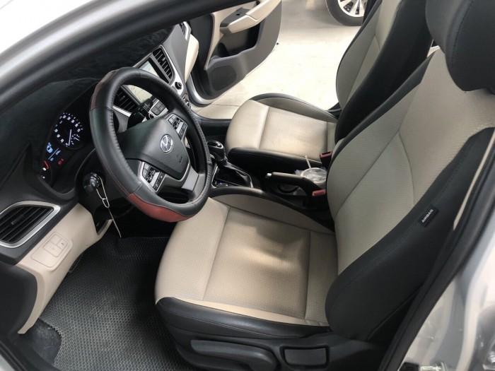 Cần bán Hyundai Accent 1.4 2018 , bản full , giá cả thương lượng 4