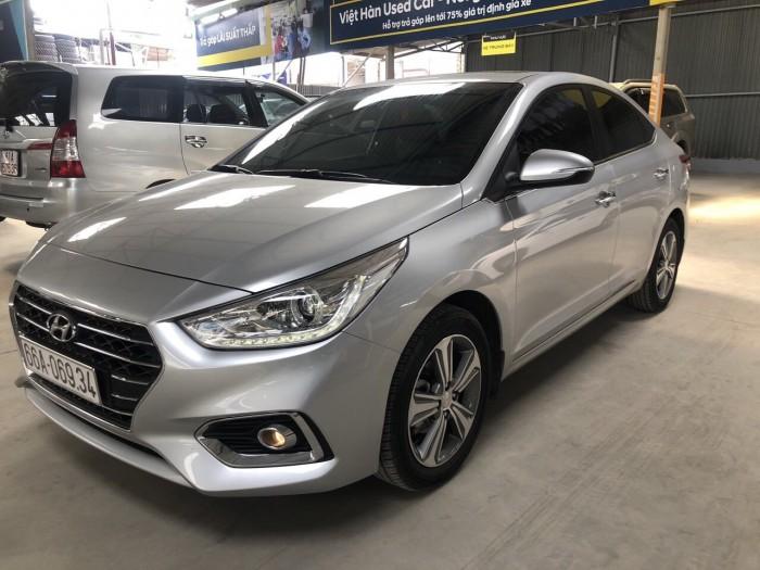 Cần bán Hyundai Accent 1.4 2018 , bản full , giá cả thương lượng 3