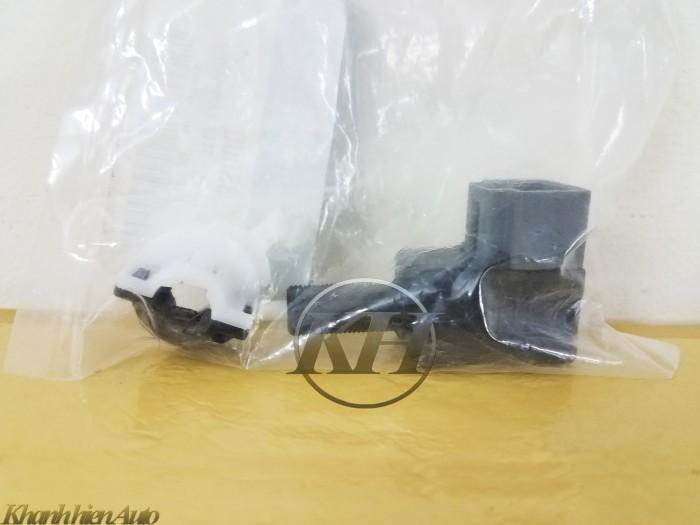 Công tắc chân phanh Hyundai Grand i10 - 938103S000 1