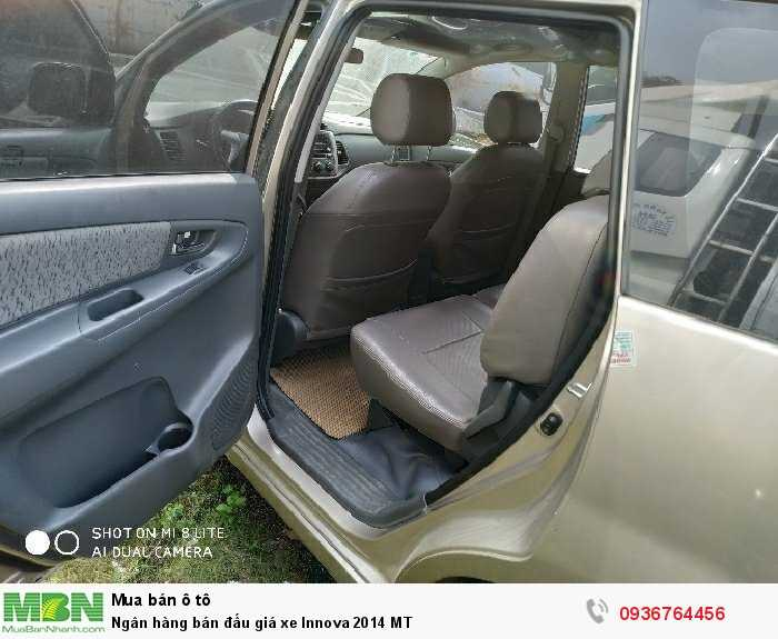 Ngân hàng bán đấu giá xe Innova 2014 MT