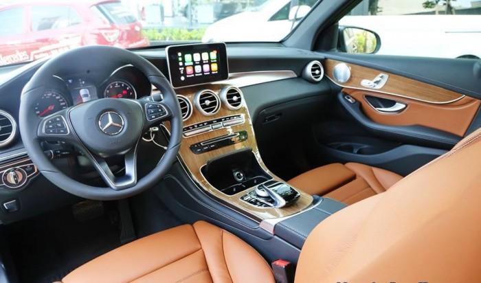 Mercedes GLC 250 4MATIC - Model 2019 - Xe giao ngay - Chiết khấu giảm giá trực tiếp cùng nhiều ưu đãi tốt