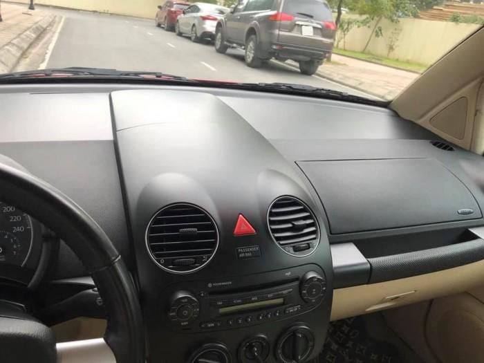 Gia đình cần bán Wolnwagen New Beetle 2.0, số tự động
