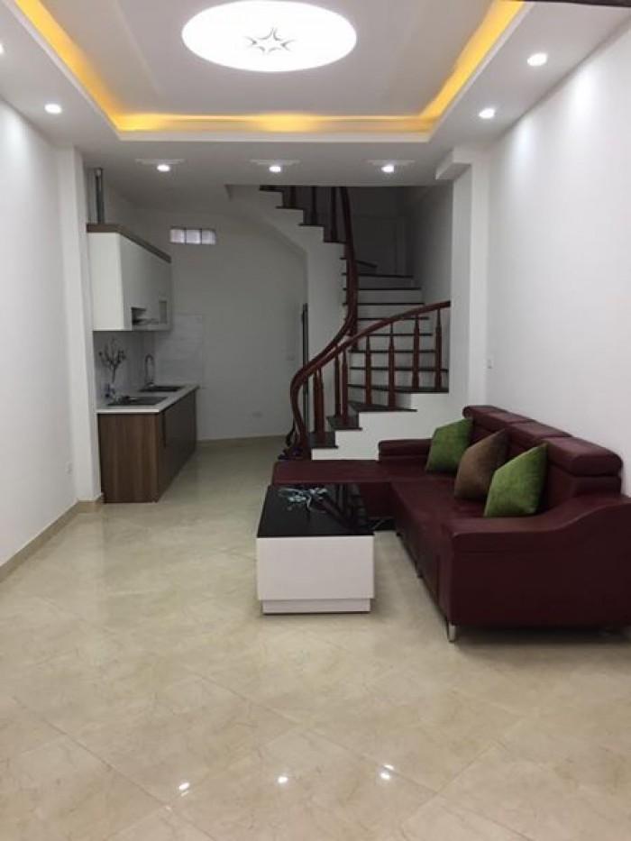 Bán nhà ĐẸP phố Trần Hữu Tước, DT 22m2x4 tầng