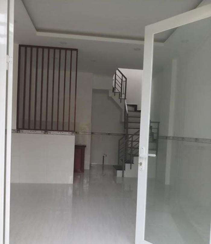 Bán nhà ở ngay Võ Vân Vân.