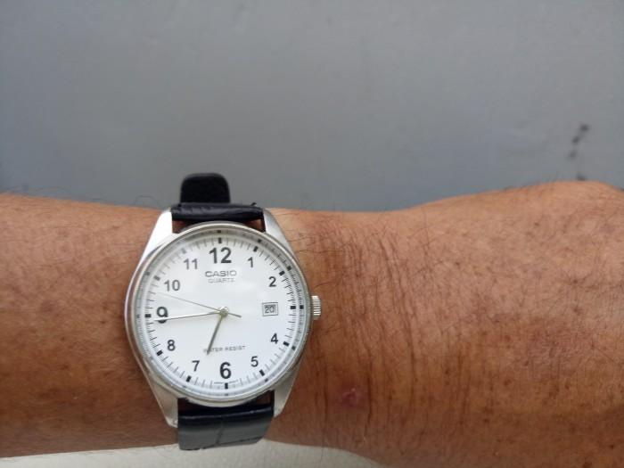 Đồng hồ quartz Casio nam chính hãng .4