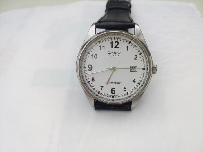 Đồng hồ quartz Casio nam chính hãng .0