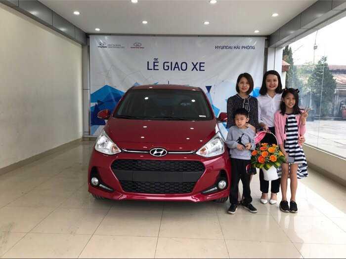 Hyundai I 10 1.2 AT màu đỏ 2