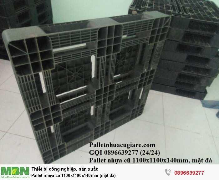 Mua pallet nhựa cũ 1100x1100x150mm (mặt đá) - Gọi 0896639277 (24/24)