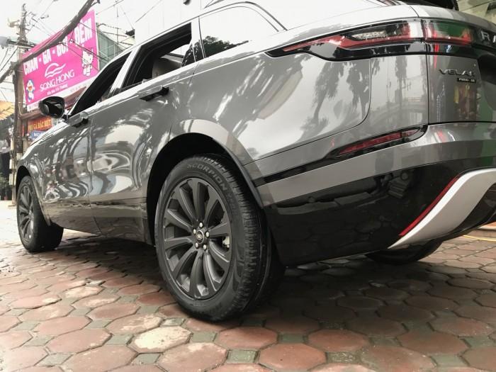 Bán xe LandRover Range Rover Velar P250 se R-Dynamic sản xuất 2018, màu xám, nhập khẩu 18