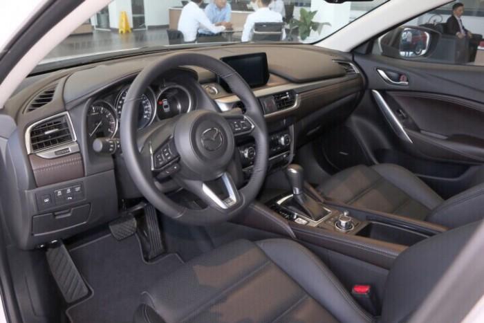 Mazda 6 Premium 2019-Thanh toán 300tr nhận xe-Hỗ trợ hồ sơ vay 3