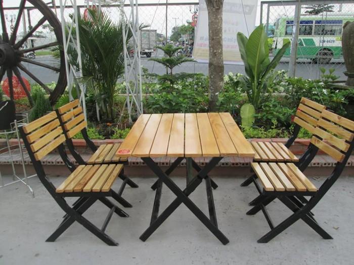 Bàn ghế gổ quán nhậu giá rẻ tại xưởng sản xuất HGH 6530