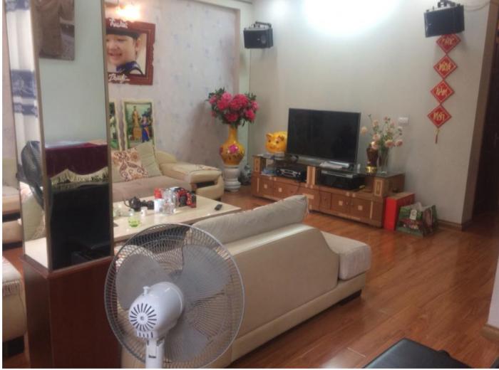 Bán nhà riêng phố Thịnh Hào 1, DT 77.5 m2.