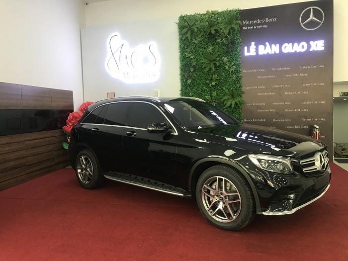 Bán Mercedes GLC300 New 2019, full màu, giá tốt giao ngay ưu đãi hấp dẫn