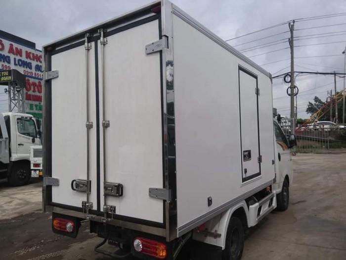 Xe tải thùng đông lạnh new porter H150 tải 1 tấn