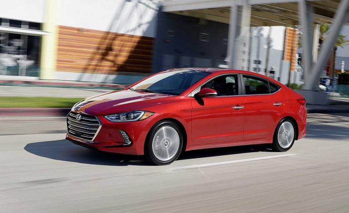 Hyundai Elantra 2.0 AT đầy đủ các màu, hỗ trợ trả góp tối ưu, quà tặng hấp dẫn 5