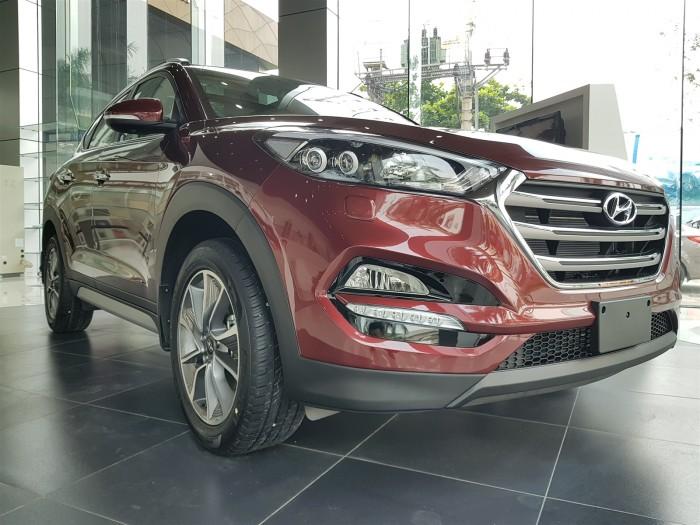 Hyundai Tucson 2.0L Đặc Biệt, đầy đủ các màu, hỗ trợ trả góp tối ưu, quà tặng hấp dẫn 0