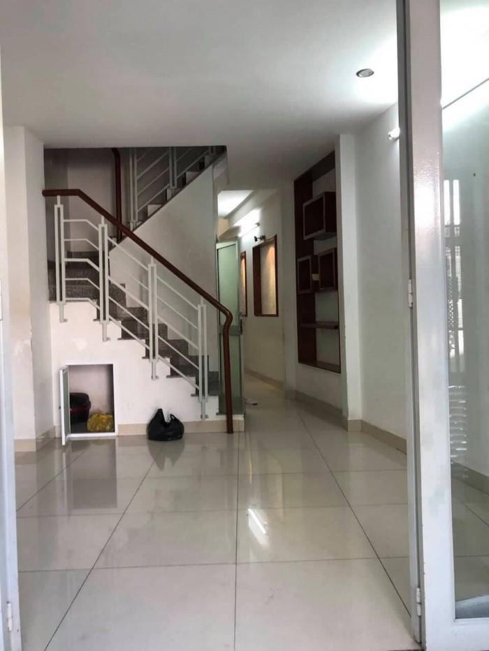 Có nhà 2 lầu. HXH, Lê Văn Sỹ, P12, quận 3. Hẻm Đẹp.
