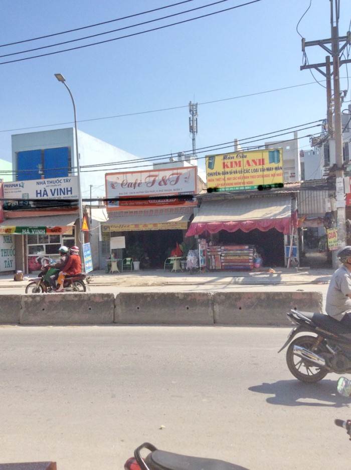 Bán nhà 128m2 cấp 4 mặt tiền Huỳnh Tấn Phát P. Phú Thuận Quận 7.