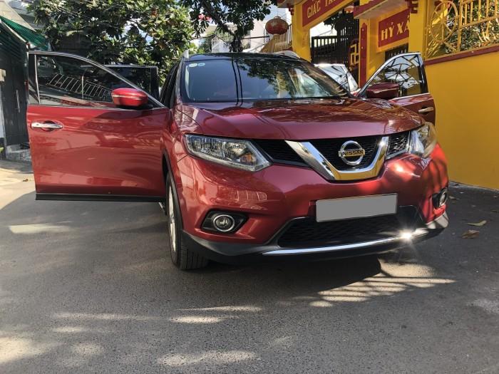 Bán Nissan Xtrail 7chỗ tự động 2018 bản full đẹp màu đỏ đô đặc biệt.