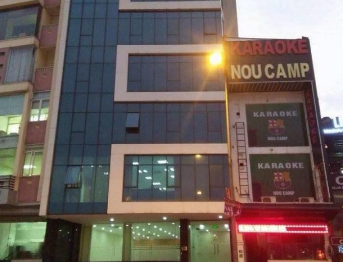 Mặt phố 178m2 Triệu Việt Vương mt 12m cho thuê 15000$/tháng.