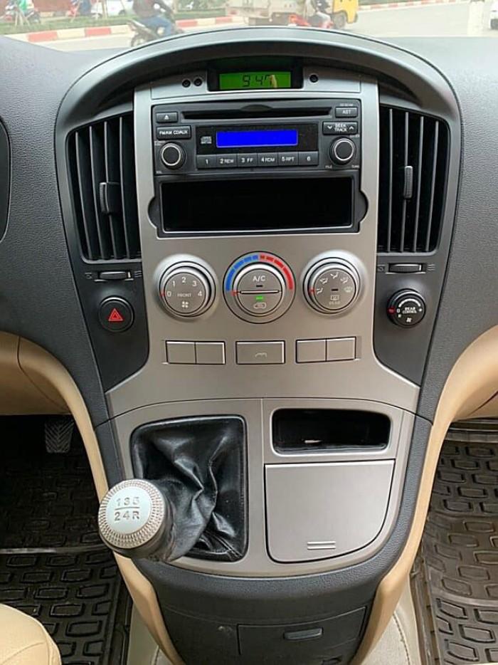 Hyundai Starex 9 chỗ máy xăng nhập khẩu nguyên chiếc Hàn Quốc sản xuất 2009