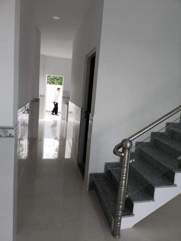 Cần bán nhà chính chủ, nhà còn mới toanh, Bình Thạnh, nhà 3 lầu.